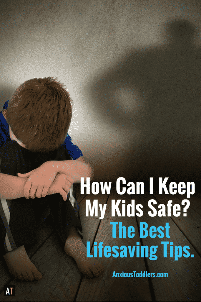 We all want to keep out kids safe, but how do you do that effectively. Here are the best tips from a child therapist.